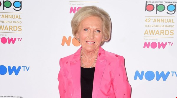 Mary Berry isn't backing down in the deep-fat fryer row