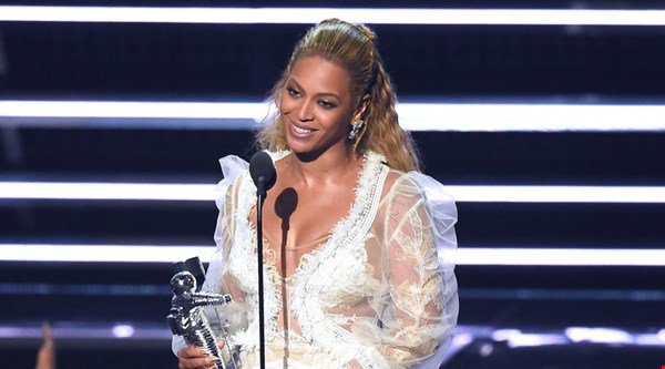 Queen Bey reigns supreme at the MTV Video Music Awards