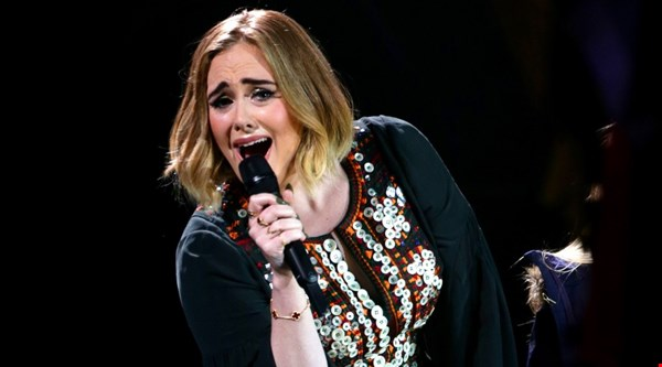 Adele says Hello to AIM track of the year award