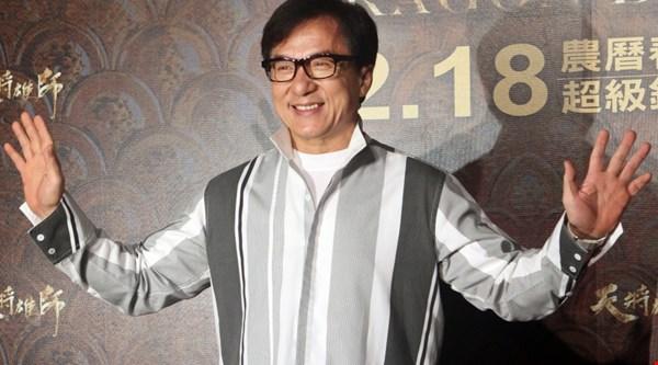 Jackie Chan's getting an Oscar