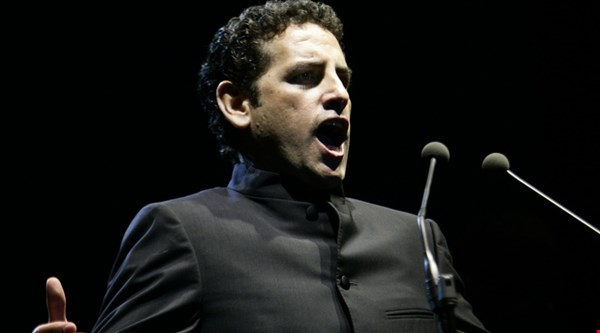 Tenor Juan Diego Florez dreamed of rock, not opera stardom
