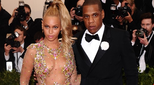 See Beyonce and Jay Z dance at her Soul Train birthday bash