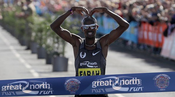 Mo Farah celebrates hat-trick of Great North Run wins with the Mobot and a tribute to Alan Shearer
