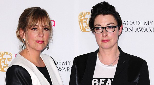 'A national crisis!' Bake Off fans grieve as Mel Giedroyc and Sue Perkins step down from show