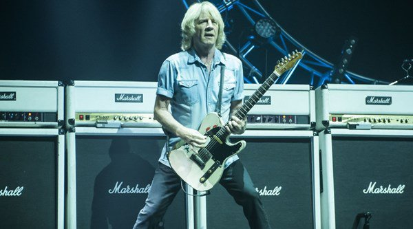 Status Quo guitarist Rick Parfitt quits upcoming tour after heart attack