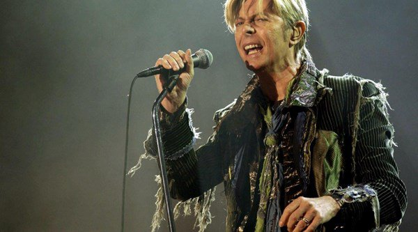 David Bowie favourite to win Mercury Prize for album released days before he died