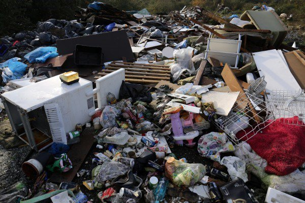 EastEnders fans can't believe rubbish episode