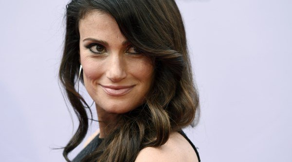 Idina Menzel gets engaged