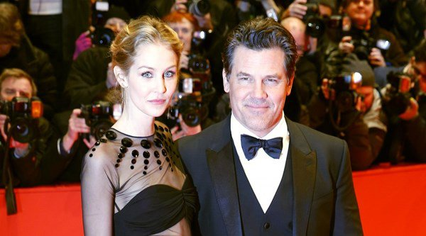 Actor Josh Brolin marries for the third time