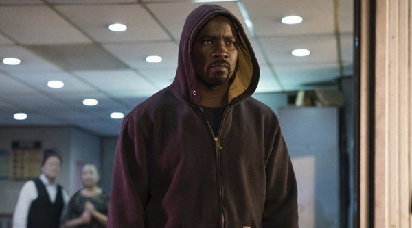 Luke Cage star Mike Colter 'staying away' from fan reviews as series premieres on Netflix