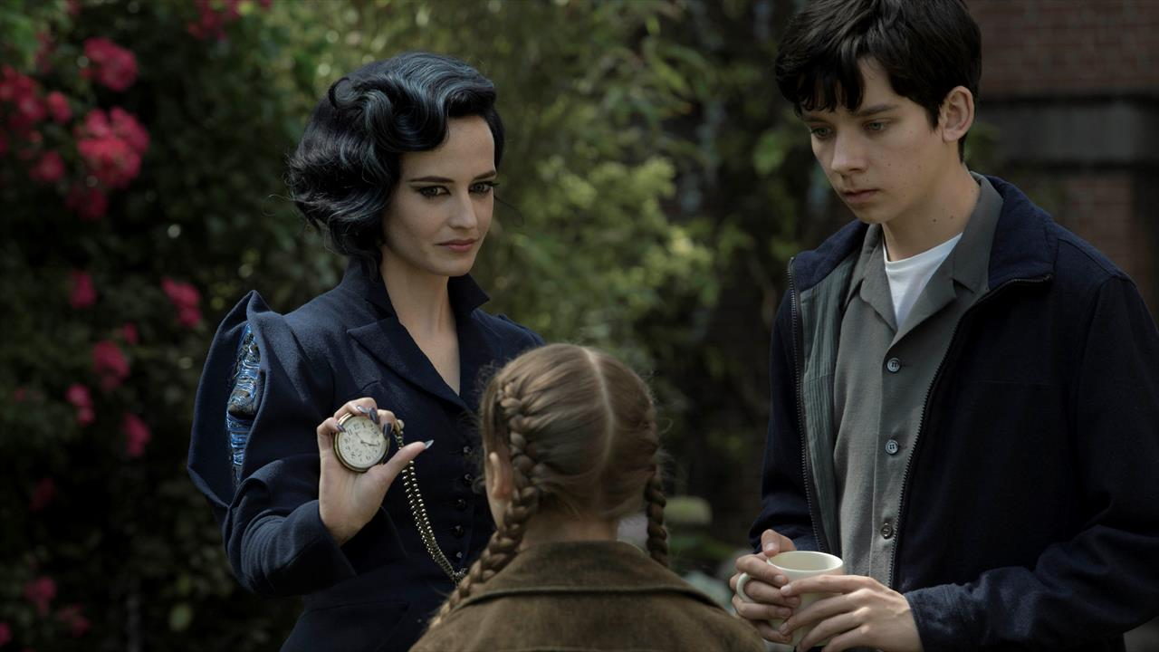 Miss Peregrine's Home for Peculiar Children review- Burton's back