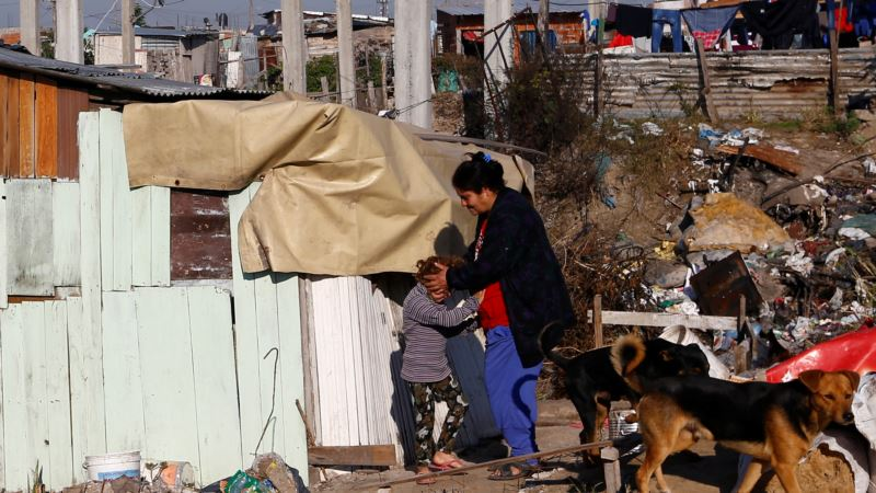 Argentina Poverty Reaches 32 Percent in First Data Release in Three Years