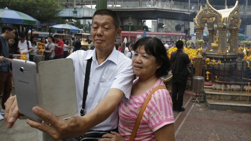Bangkok Edges Out London as Top Tourist Draw