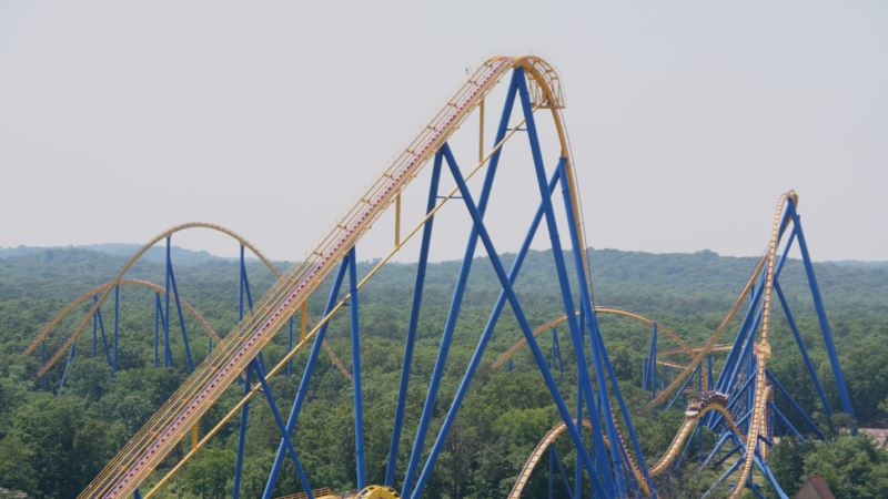 Roller Coasters Help Pass Kidney Stones, Study Shows