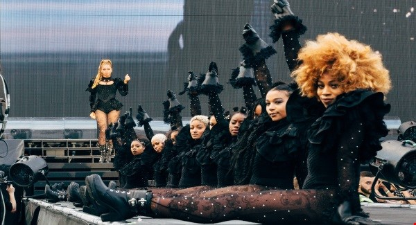 Beyonce cancels US concert date under doctors' orders