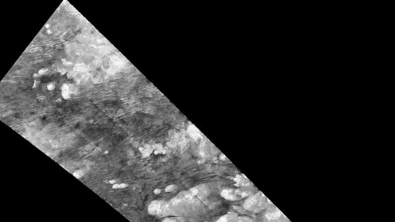 'Dunes' Spotted on Saturn's Moon, Titan