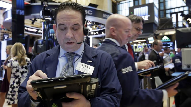 US Markets' Downturn Accelerates on Friday