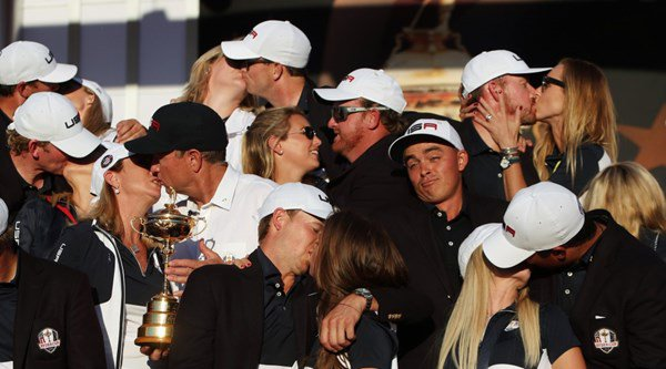 Rickie Fowler is the exact opposite of relationship goals in this Ryder Cup photocall