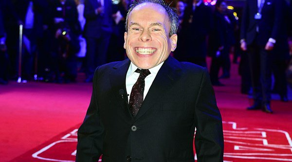 Warwick Davis confirms he's signed up to Star Wars: Episode VIII