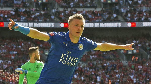 Ballon d'Or 2016: How does Jamie Vardy compare to Lionel Messi?