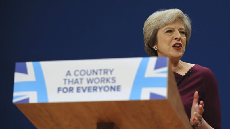 British Plan for Immigration Curbs Prompts Clash With Business