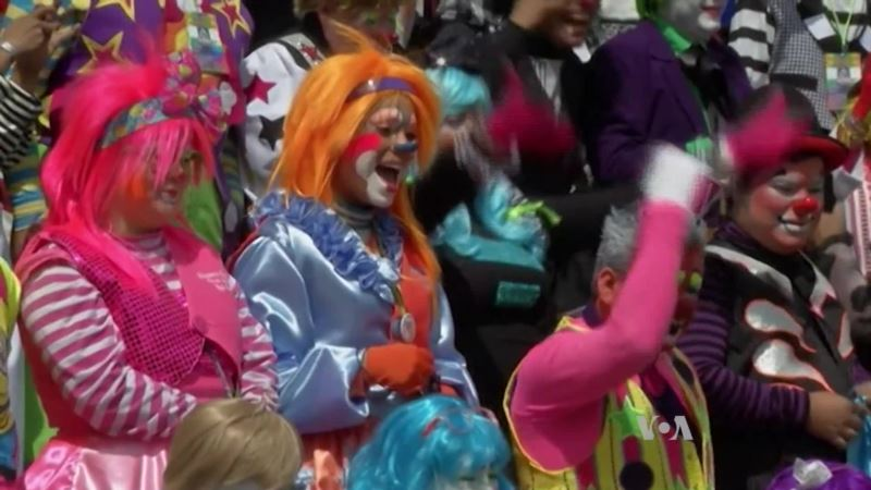 Creepy Clown Sightings are Scaring US Kids