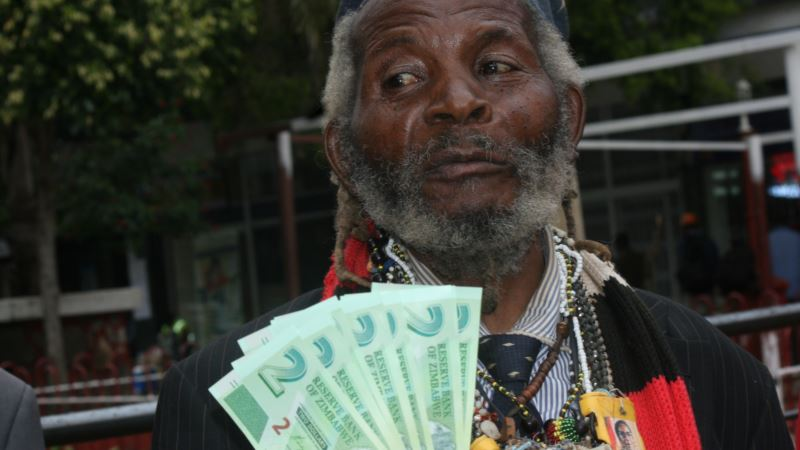 Zimbabwe Begins Issuing New Currency