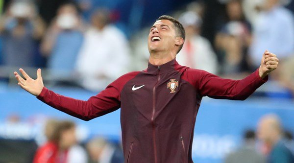 Cristiano Ronaldo has signed a 'lifetime' deal with Nike believed to be worth around $1 billion