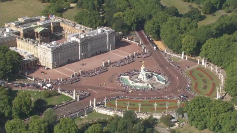 $460M Repair Bill for Buckingham Palace Triggers Monarchy Debate in Britain