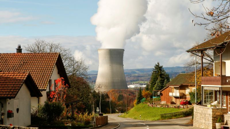 Swiss Vote on When to Abandon Nuclear Power