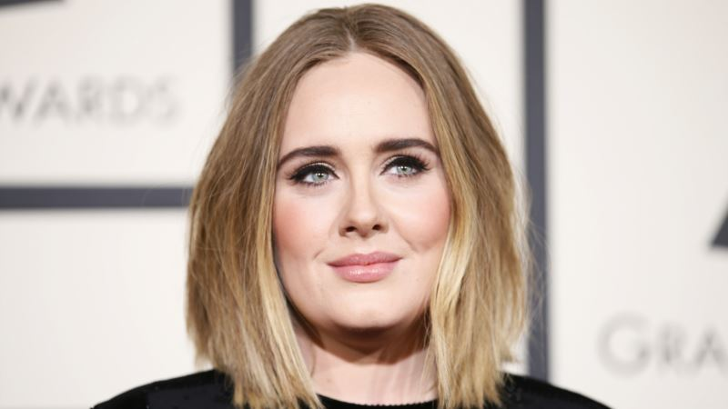 Adele Says She Battled Depression, Before and After Son's Birth