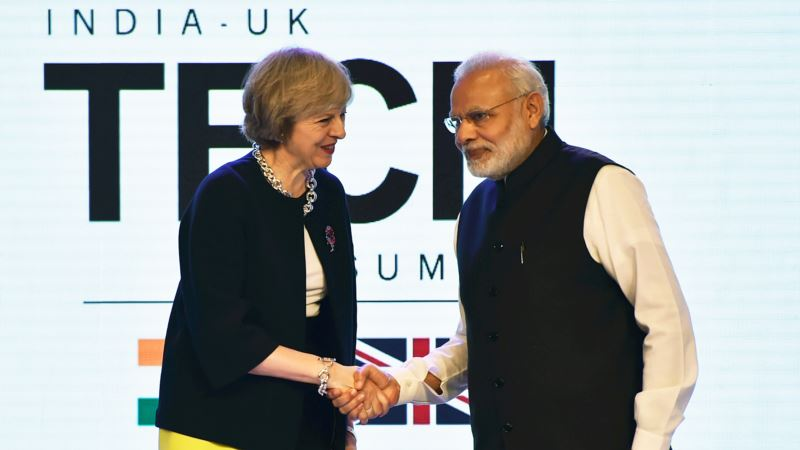 British Prime Minister Seeks to Boost Trade Ties with India