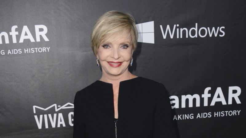 Florence Henderson, 'The Brady Bunch' Mom, Dies at 82
