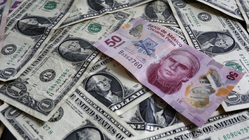 Mexico Peso Dips Slightly Amid US Election Day Nerves