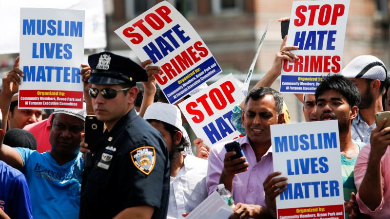 Twitter Suspends Major Alt-Right Accounts in Hate Speech Crackdown