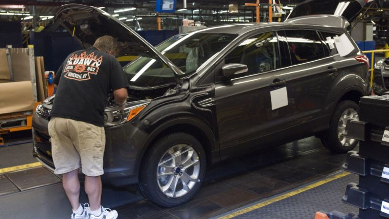 Trump: Ford Won't Close Plant; Ford: That Was Never the Plan