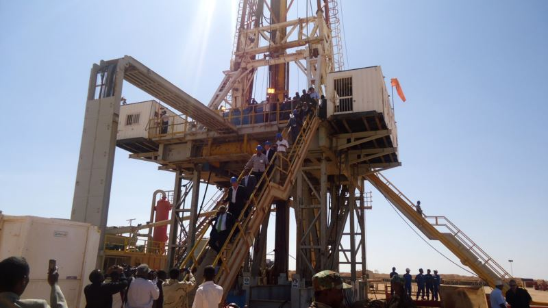 Prospect of Offshore Oil a Mixed Blessing for Somalia
