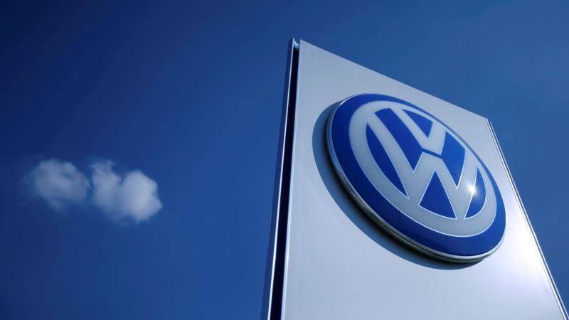 Report: VW, Unions Agree to Cut 30,000 Jobs in 5 Years