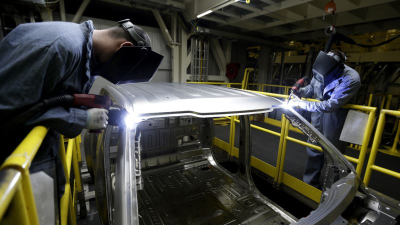 US Worker Productivity Rises at 3.1 Percent Rate in Third Quarter