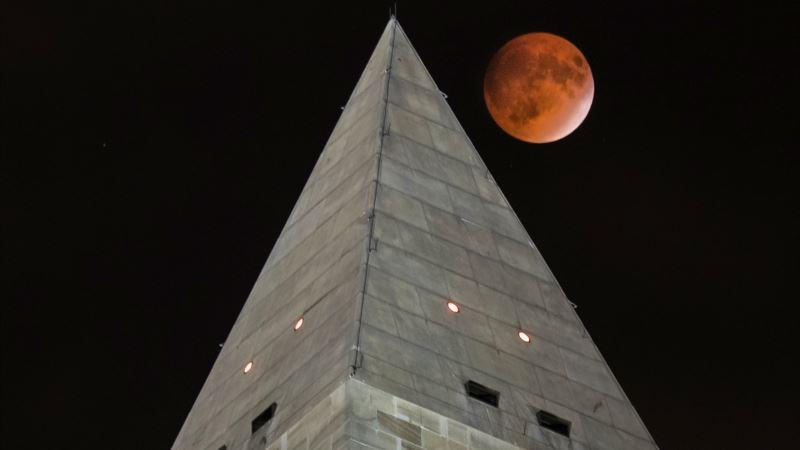 Philanthropist Puts Up Millions to Renovate Washington Monument Elevator