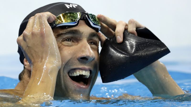 Olympic Hero Phelps May Dive Into Investments