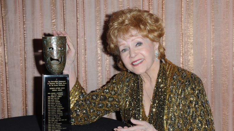 Actress Debbie Reynolds Dies at 84, Day After Actress Daughter Carrie Fisher
