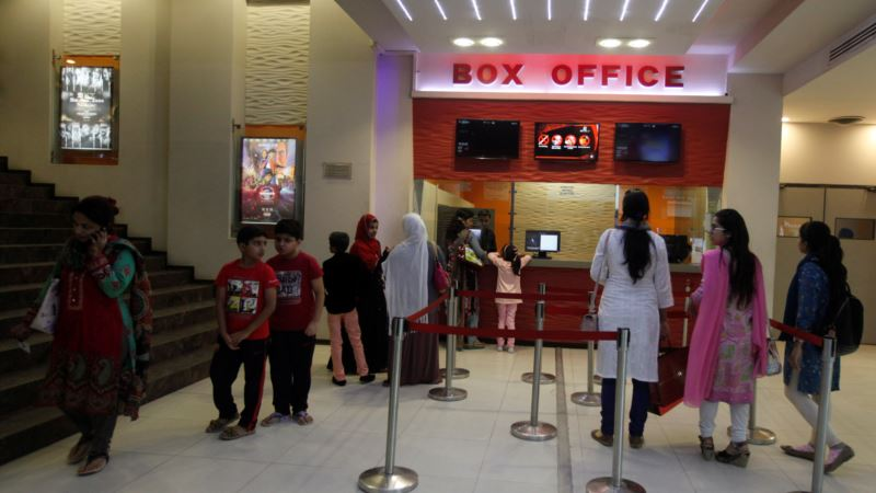 Pakistani Cinemas Quietly Show Indian Films Again as Tensions Ease, Losses Mount