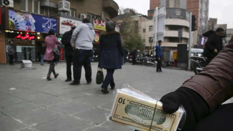 Iran's Rial at All-time Low Over Strong Dollar, Other Woes