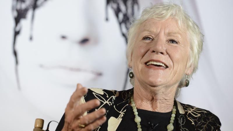 Stage, Screen Actress Barbara Tarbuck Dies at 74
