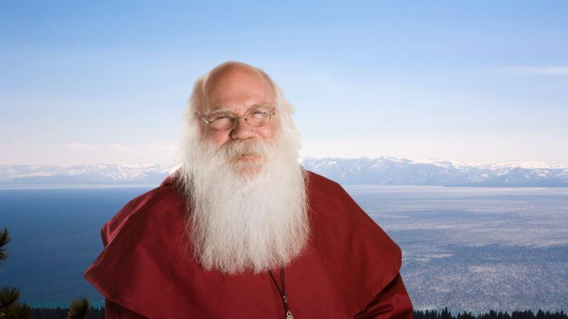Santa's Facebook Page Restored After Suspension
