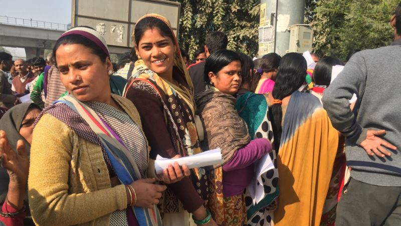 Cash Shortages in India Hit Millions Working in Informal Sector