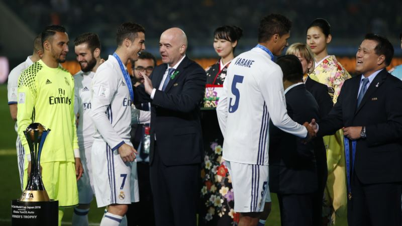 FIFA Boss Says Football Federations Back Expanded World Cup