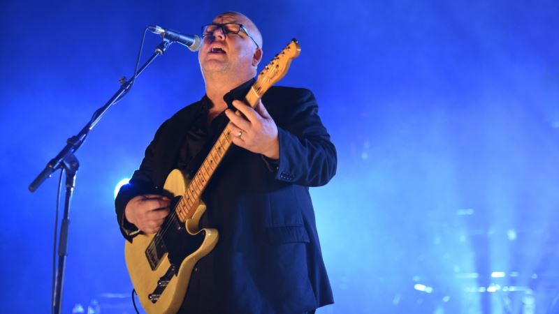 Pixies Frontman is Troubadour of Alt-rock After 30-year Career