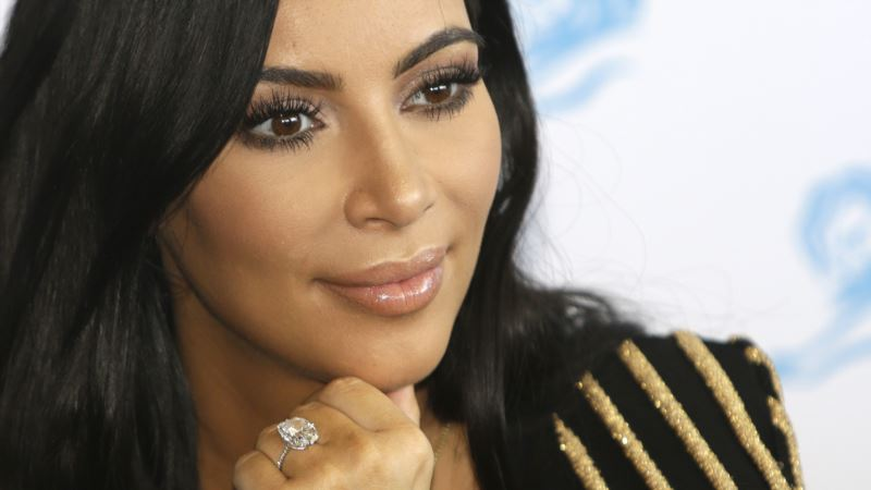 Kardashian Driver, 2 Others Released in Paris Robbery Probe